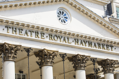 Foto  Theatre Royal Haymarket in London