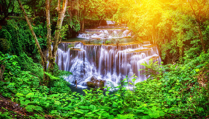 Panel Szklany Podświetlane Wodospad Huay Mae Kamin waterfall in Thailand waterfall is beautiful, do not lose any.