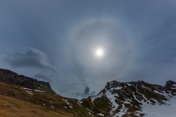natural halo, sun, cloud, mountains, grassland