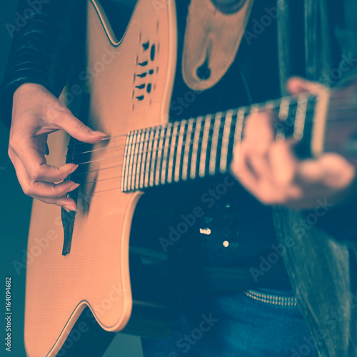 Close-up of woman with guitar Fototapet