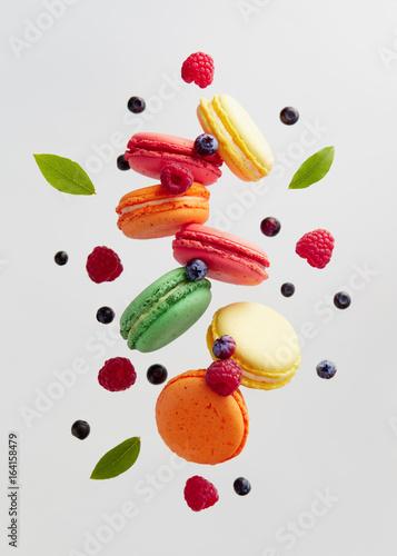Aluminium Prints Macarons French Macarons With Fresh Berries