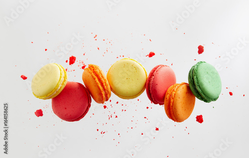 Foto op Plexiglas Macarons Colorful macarons cakes. Small French cakes.