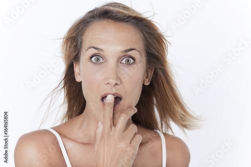 Fotografie, Obraz  portrait d'une femme surprise