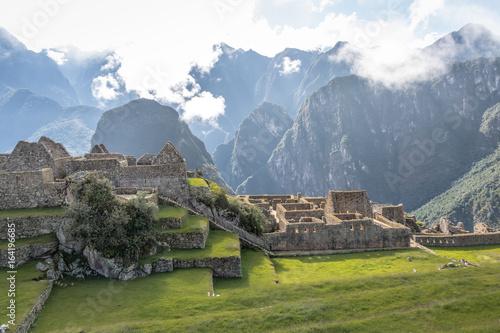 Fototapeta  Machu Picchu Inca Ruins - Sacred Valley, Peru