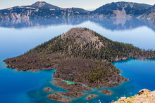 Wizard's Island, Crater Lake, ...