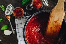 Homemade Tomato Pizza Sauce An...