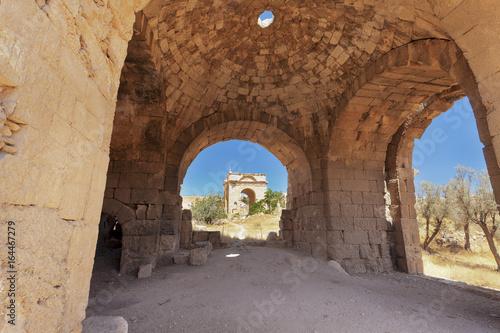 Poster Moyen-Orient Roman ruins in Jordan