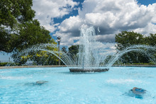 Big Fountain In A Milwaukee Do...