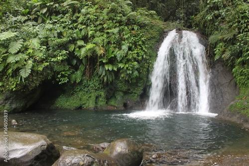 Foto op Canvas Watervallen cascade hawaii