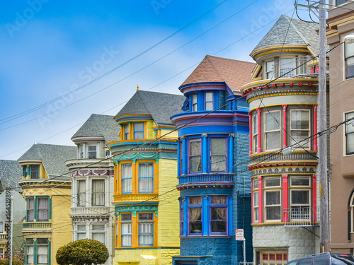 Photo  Colorful Victorian Homes - San Francisco, CA