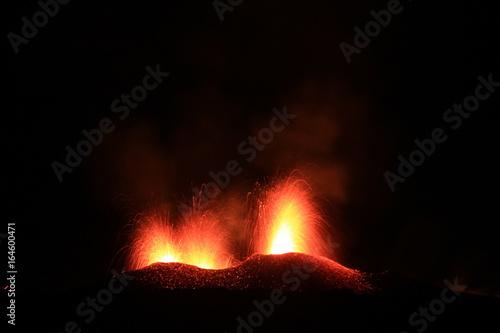 Staande foto Vulkaan Eruption du piton de la fournaise de juillet 2017