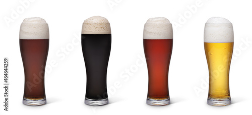 Poster de jardin Bar Various types of beer isolated with clipping path