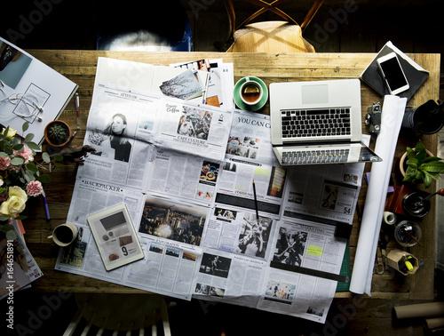 Obraz Newspaper Article Update Checking Publication Department - fototapety do salonu