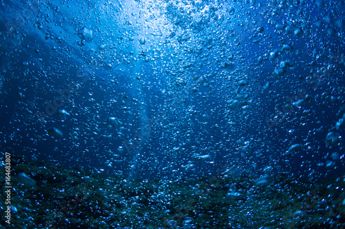 Plakat Rising Bubbles in Deep Underwater