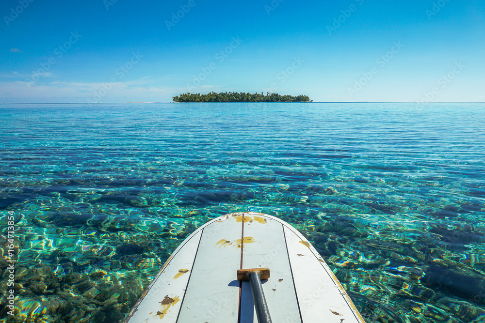 Fototapeta paddle board in tikehau