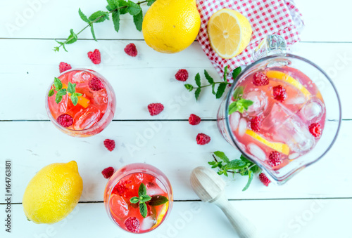 Poster Fruit raspberry lemonade