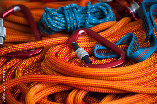 Fotografia  Equipment for mountaineering and rope.