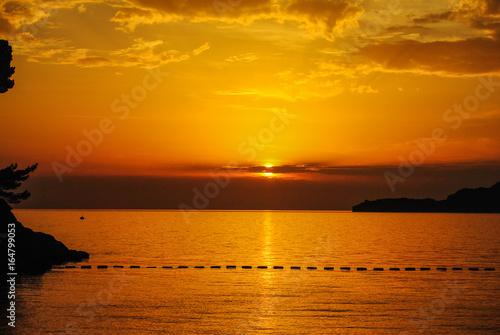 Staande foto Zeilen Magical sunset sky and sea colors