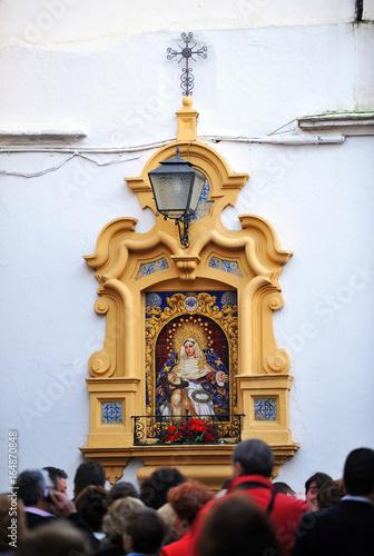 Fotografie, Obraz  Retablo cerámico de la Virgen de la Piedad, Sevilla, Andalucía, España