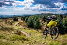 Mountain Biking In Wales - Rid...