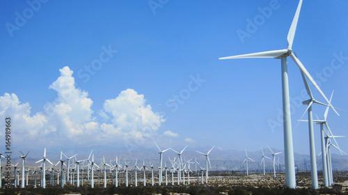 Poster Molens aerogeneradores en el desierto