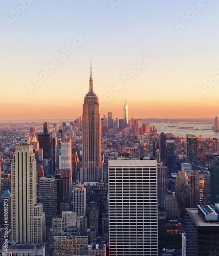 Foto op Aluminium New York New York skyline at sunset from Top of the Rock, Rockefeller Center in Manhattan