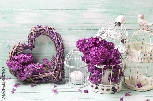 ozdoby-w-stylu-vintage-z-wykorzystaniem-kwiatow-bzu