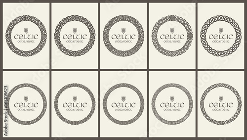 Fotografía  Celtic knot braided frame border ornament set. A4 size