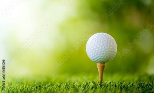 Spoed Foto op Canvas Golf golf ball on tee ready to play
