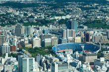 横浜市街と横浜スタジアム