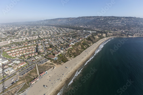 In de dag Luchtfoto Aerial view of Torrance Beach and Rancho Palos Verdes in Los Angeles County, California.