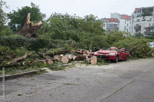 Foto op Plexiglas Onweer Unwetter Schäden - Gewitterfront