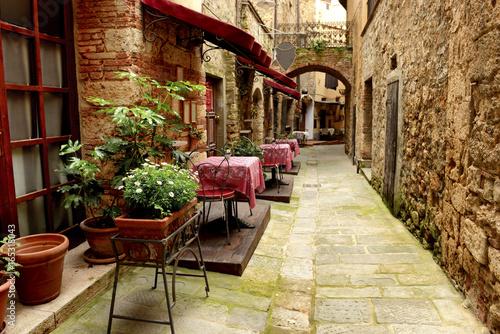 Restauracja w małej wiosce w Toskanii