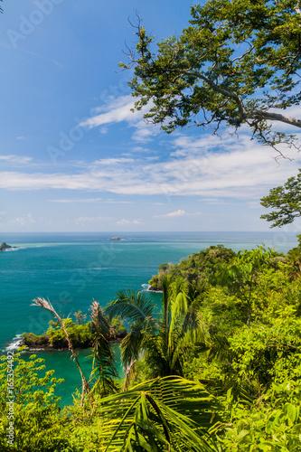 Photo Ocean coast in National Park Manuel Antonio, Costa Rica