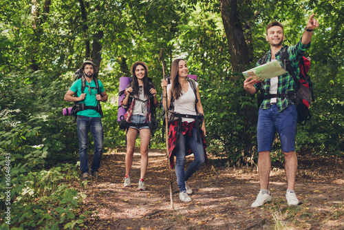 Photo  Trekking, camping and wild life concept