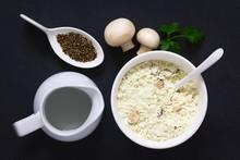 Instant Mushroom Soup Powder I...