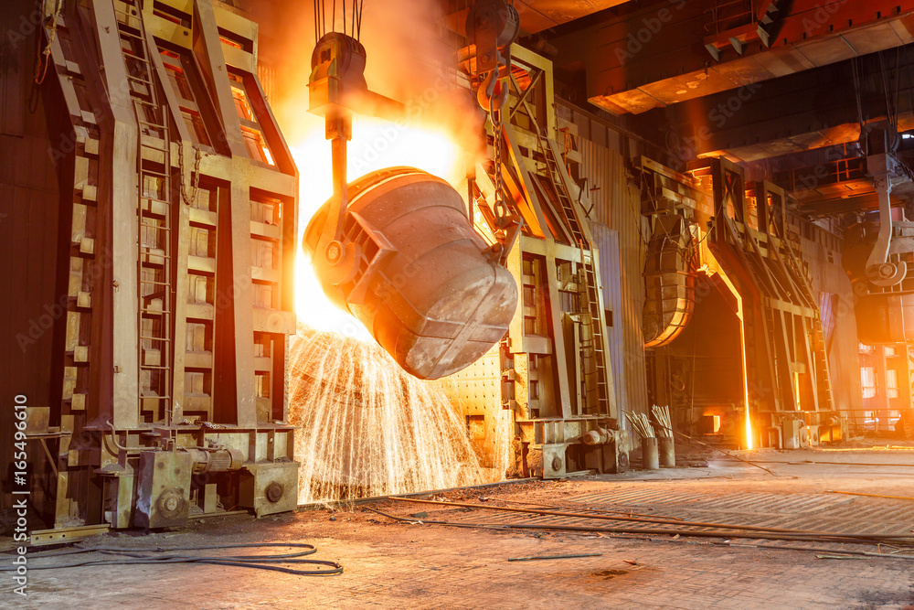 Fototapety, obrazy: Blast furnace smelting liquid steel in steel mills