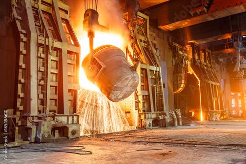 Stampa su Tela Blast furnace smelting liquid steel in steel mills