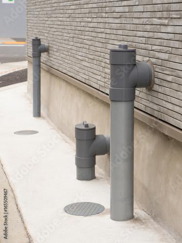 Valokuva  アパートの排水パイプ