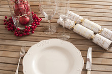 Christmas Table Setting With D...
