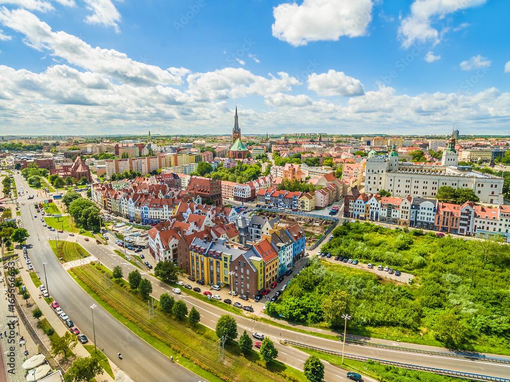 Fototapety, obrazy: Szczecin - nabrzeże Wielickie i stare miasto z zamkiem królewskim widziane z powietrza.