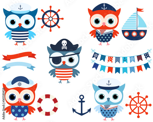 Poster Uilen cartoon Vector nautical set with cute sailor and pirate owls with ocean themed objects and buntings