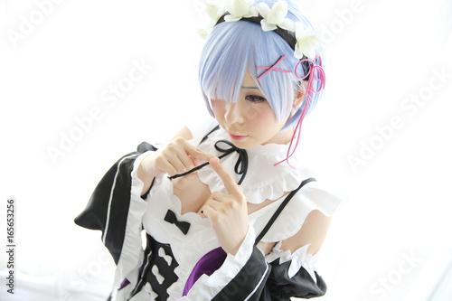 Zdjęcie XXL Japonia anime cosplay dziewczyna w białym brzmieniu