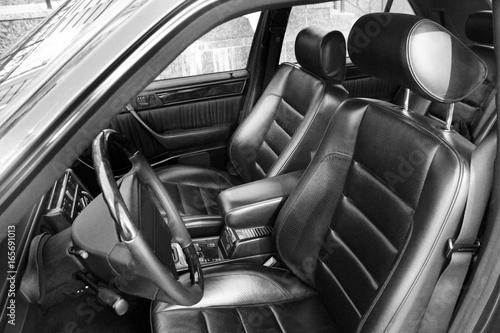 In de dag Vintage cars luxury car seat.