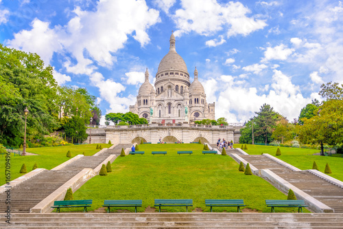 Photo  The Basilica of the Sacred Heart of Paris