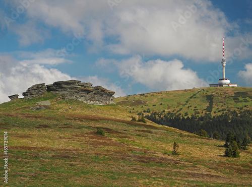 Obraz na plátně  peters stones - Petrovy kameny - TV transmitter in Praded mountain in Jeseniky