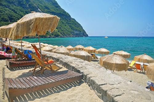 Cuadros en Lienzo The picturesque beach on the island of Ischia