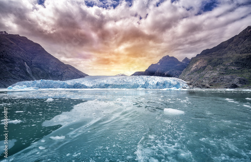 Fotobehang Gletsjers Glacier Bay National Park, for Glacier background landscape in Alaska