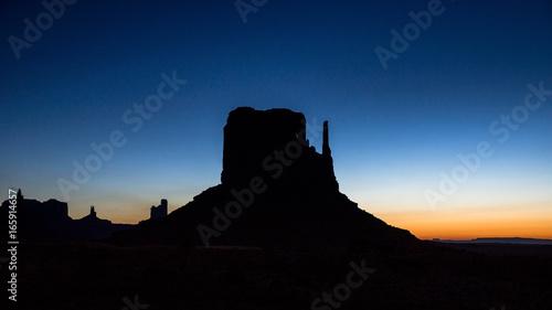 Fototapety, obrazy: Nacht über dem Monument Valleys