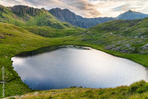 Fotografia Small lake under Snowdon Peak, Wales